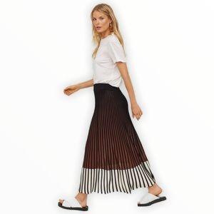 Colour Block Knit Maxi Skirt